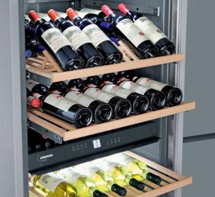 Interior armario conservación vinos de Liebherr