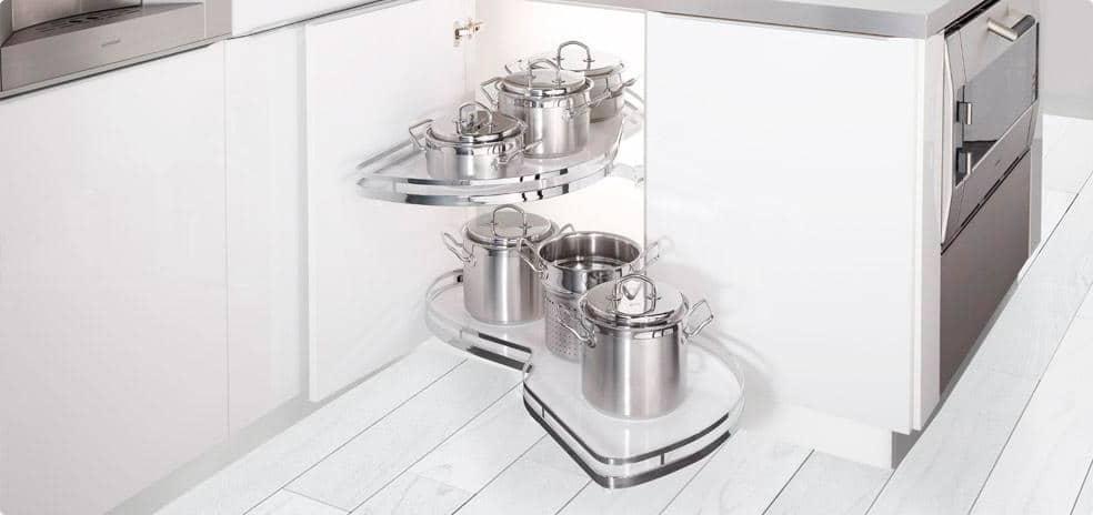 Los interiores y accesorios para nuestras cocinas aram for Accesorio extraible mueble cocina