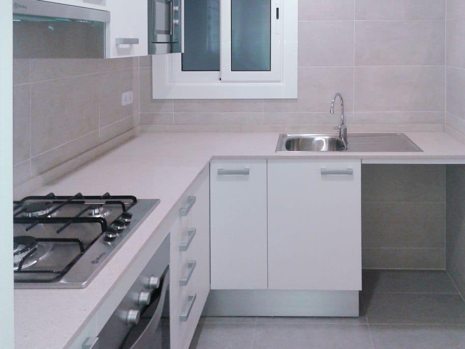 Presupuesto reforma integral piso aram interiors - Muebles para cocina economica ...