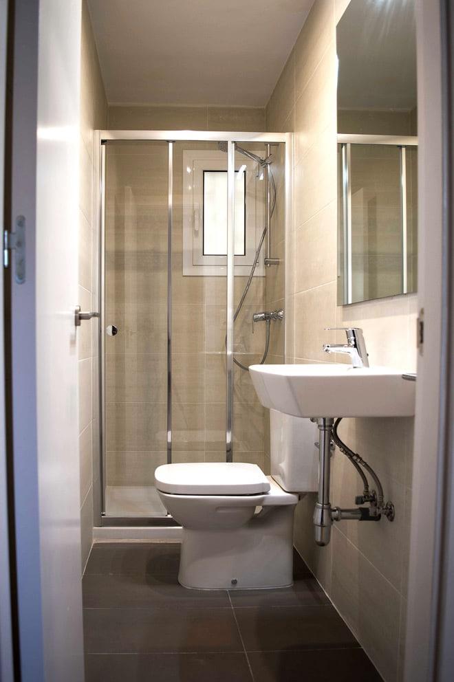 Vista frontal baño secundario