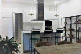 Vista Cocina Isla en Eixample Barcelona