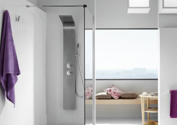 Coleccion de duchas y columnas Essential