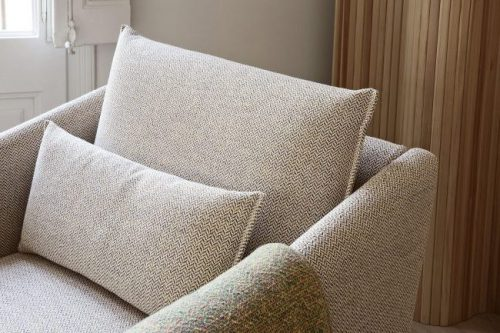 Detalle tela sofa Costura color beige